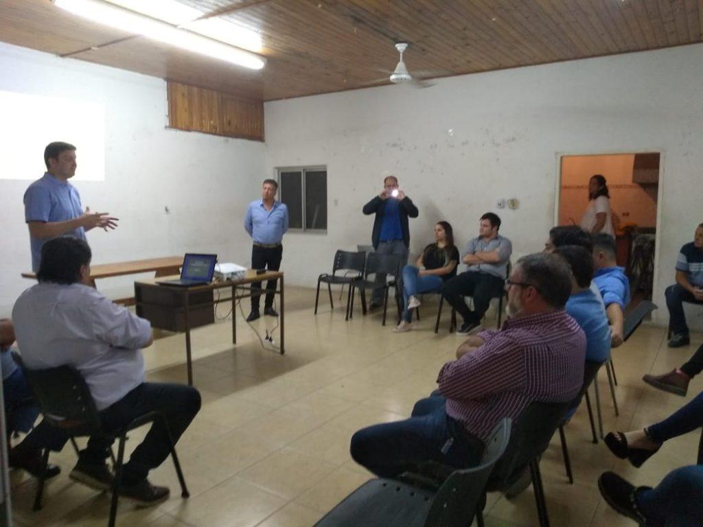 Gemelli y Díaz en Charla sobre Formación Política